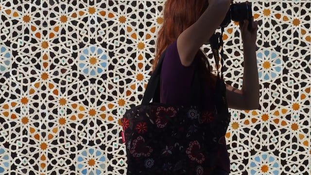 In April 2015, some 25 students met for a one-week workshop in Fez to learn the art of Islamic geometry.