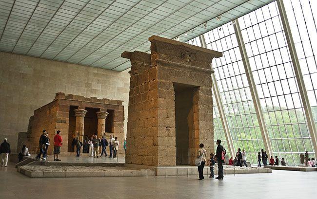 The Egyptian Temple of Dendur (Photo: Brooks Walker/Courtesy of The Metropolitan Museum of Art)