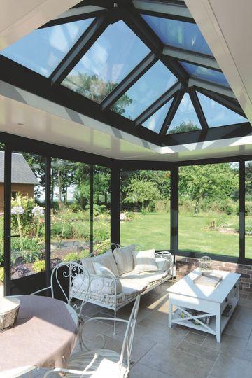 la v randa fait son show rien que pour vous de l 39 extension en acier celle en verre thermique. Black Bedroom Furniture Sets. Home Design Ideas
