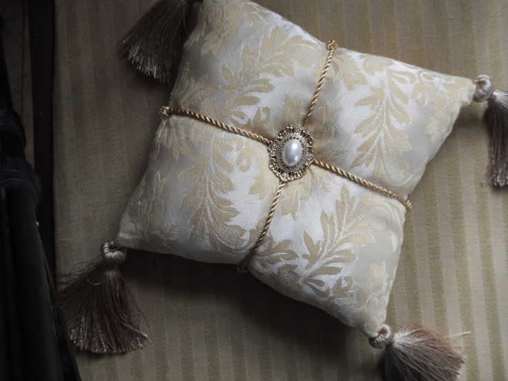 Baroque Inspired Buttercream Damask Accent Pillow with Brooch. $35.00, via Etsy.
