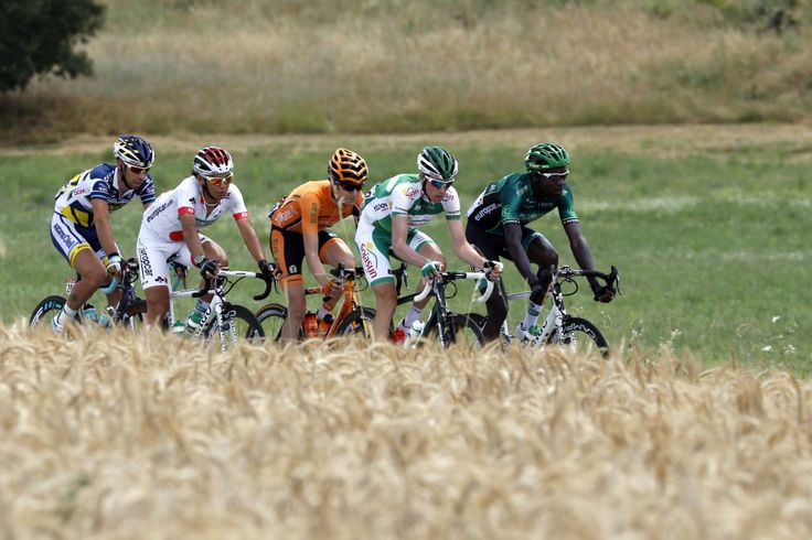Thomas De Gendt, Arashiro Yukiya, Romain Sicard, Anthony Delaplace en Kevin Reza. The break-away of stage 5 of the 2013 Tour de France.
