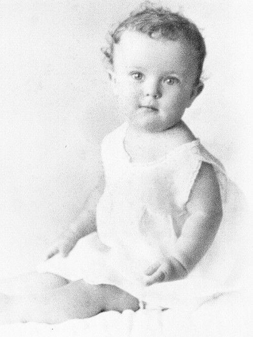 Baby Shirley temple 1928-by dandara