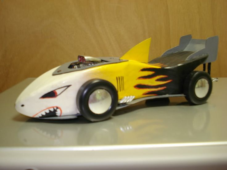 Best 25 pinewood derby ideas on pinterest pinewood for Boy scout derby car templates