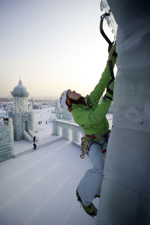 Ines Papert scala grattacieli di ghiaccio
