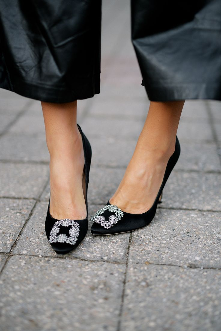 75251415571 Manolo Blahnik  richfashion  unique  style  love  streetstyle  ootd  shoes