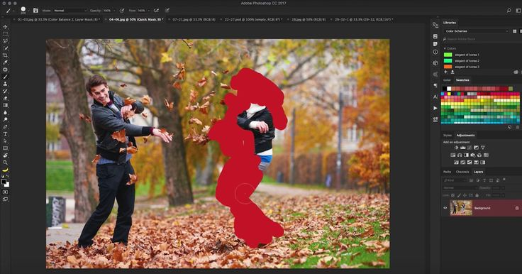 Nate Dodson over at TutVid just put together one of the most comprehensive overviews of Photoshop's key tools and features we've ever seen. 30 different to