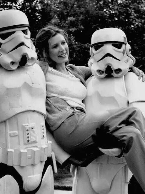 Carrie Fisher and stormtroopers