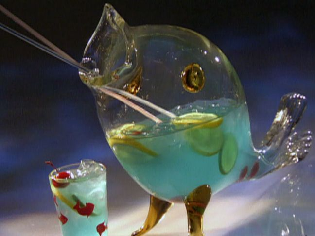 Best 25 fish bowl punch ideas on pinterest malibu punch for Fish bowl punch