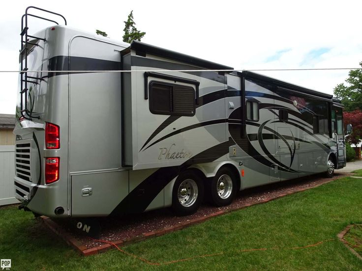 Excellent condition 42QRH TAG AXLE - Door & window awning ...