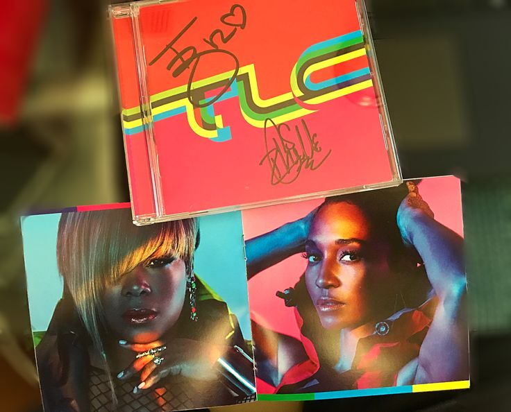 Special Delivery 📦 TLC New Album💽 🤗🖊Autographed by  @therealtboz / @therealchilli    #TLC #tlcforever #newmusic #bestmondayever #usps #autograph #cd #demtlcgirls #fanforlife #chilli #tboz #tlcmtb #riplefteye