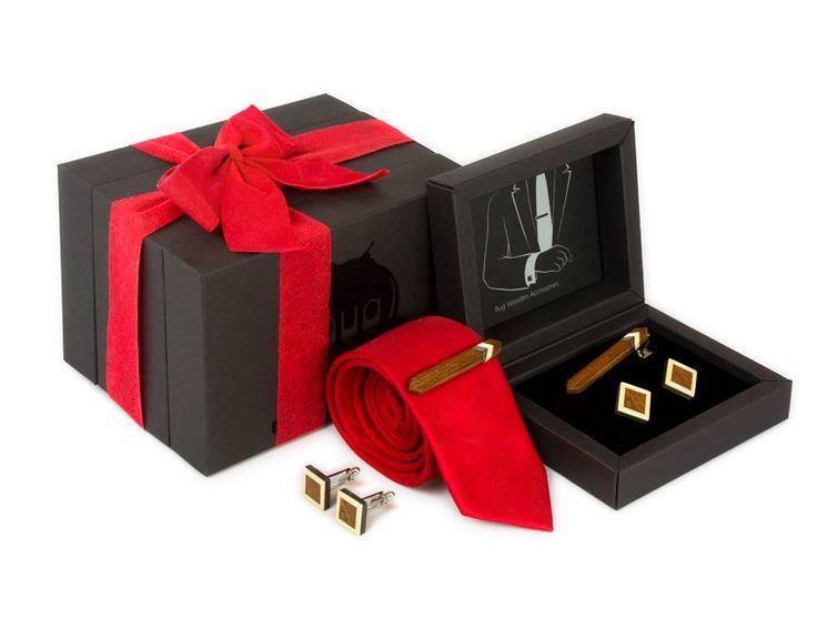 Комплект ТВИД2 зажим для галстука и запонкок от БАГ из дерева   Серый дуб / Клён / Красное дерево - Махагон