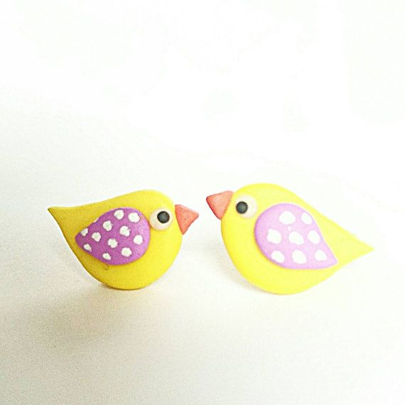 Cute little birdies studs. Let the Spring begin!!   Made with Polymer clay and Sterling silver, by BeeJouJoux