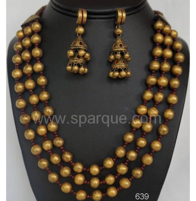 Three layer neckace terracotta jwelery