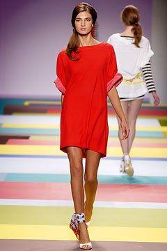 Cacharel Spring 2003 Ready-to-Wear Fashion Show - Ignacio Ribeiro, Kamila Szczawinska