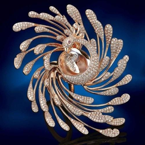 SULTANESQUE JEWELRY | rose gold and diamond peacock ring by peter lam