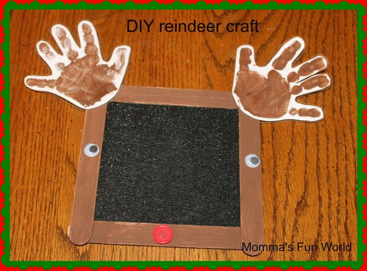 Fun, simple and inexpensive Reindeer keepsake craft for kids to make their parents/grandparents.