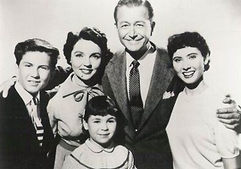 "The wonderful cast of ""Father Knows Best"" ~ I watched in the 1950s, starring Robert Young as father Jim Anderson, Jane Wyatt as mother Margaret Anderson, Elinor Donahue as Betty Anderson, and Billy Gray as son Bud (Jim) Anderson.:"