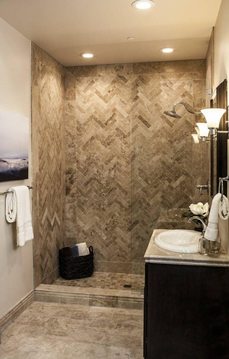Les 25 meilleures id es concernant carrelage travertin sur for Idees deco salle de bains