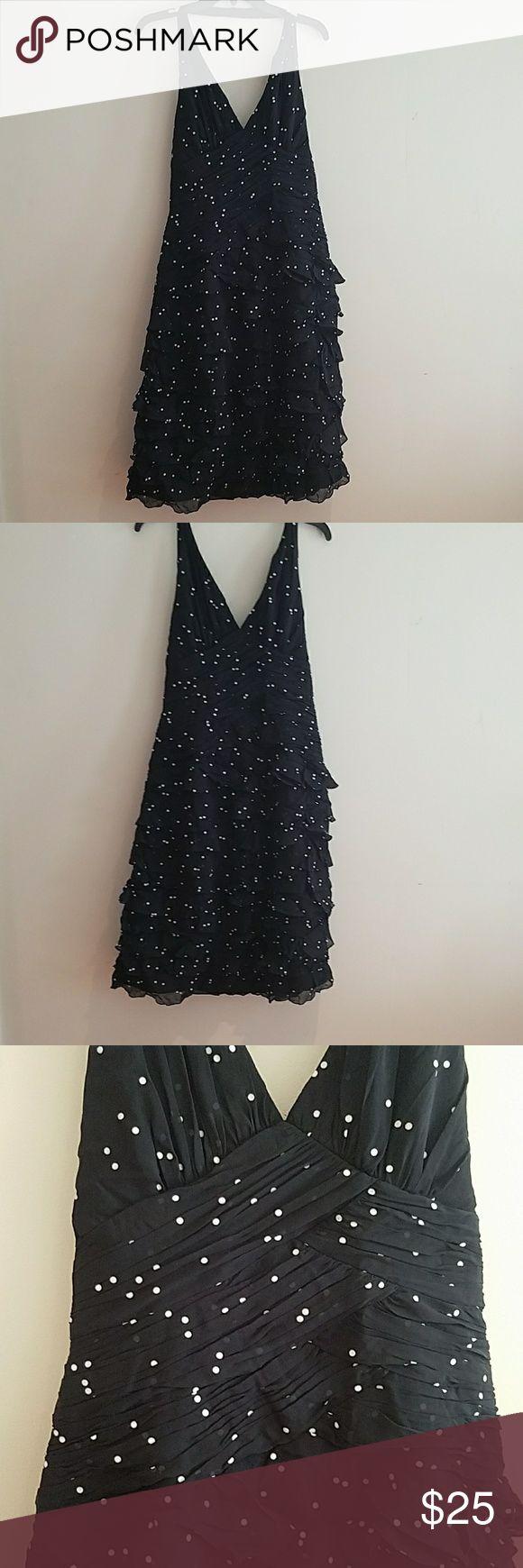 Kay Unger Polka dots, adorable halter Kay Unger Dresses