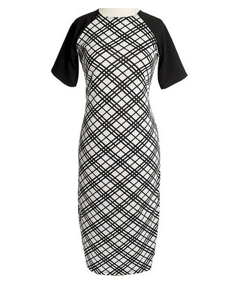LOVE this dress it is so so comfortable! It's the ultimate travel dress - you can wear it to the beach, to lunch, to dinner, to work, just change your accessories!  Camille - a versatile black & white midi dress.