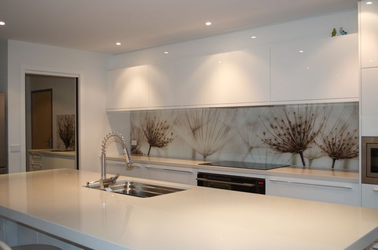 Printed glass splashback created by Seein