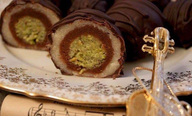 Máte rádi Mozartovy koule? Připravte si je v pohodlí svého domova a uvidíte, že jiné než domácí už nebudete ani chtít. Mňamka!