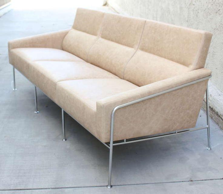 arne jacobsen 3300 leather and steel sofa. Black Bedroom Furniture Sets. Home Design Ideas