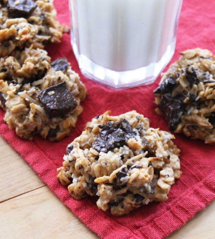 No sugar, No eggs, No gluten. Banana Peanut Butter Choc Chip Coconut Cookies.