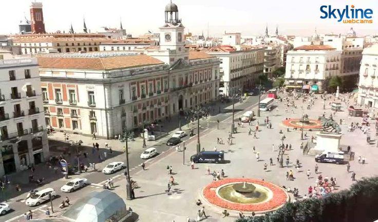 46 best pin that we like images on pinterest italia - Webcam puerta del sol ...