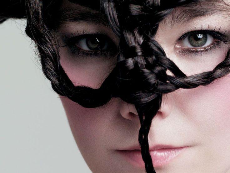 Björk 2004 - Photo : Inez + Vinoodh - Medúlla Cover Shoot