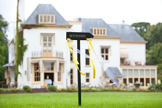 Trouwlocatie: Landgoed Te Werve in Rijswijk.    Tip van de ceremoniemeester: hartelijk ontvangst - Pinterested @ http://datregelikwel.nl.