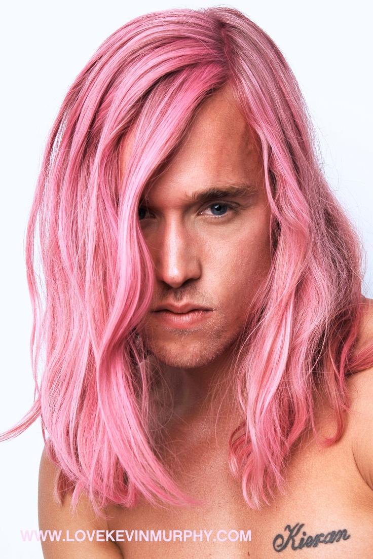 78 besten pink haired men bilder auf pinterest gef rbte haare bunte haare und beleza. Black Bedroom Furniture Sets. Home Design Ideas