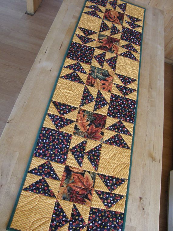 1000 Ideas About Patchwork Table Runner On Pinterest