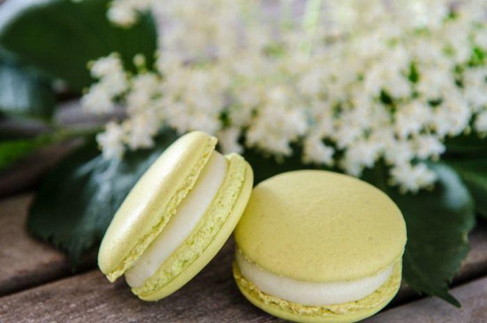 Macarons mit Holunderblüten-Ganache