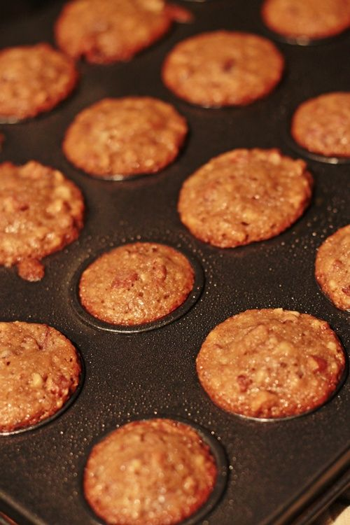 Pecan Pie Mini-Muffins: 1/2 c brown sugar,  1/2 c chopped pecans, 1/4 c all-purpose flour, 1/4 tsp baking powder, pinch salt,  1/4 c butter, 1 egg, 1/2 tsp vanilla extract.