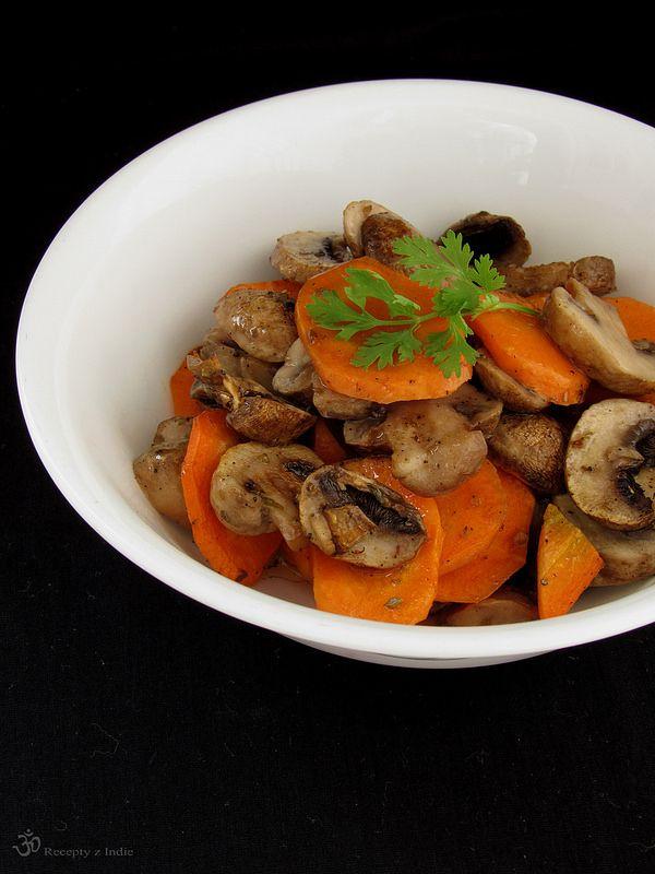 Pecena mrkva so sampinonmi