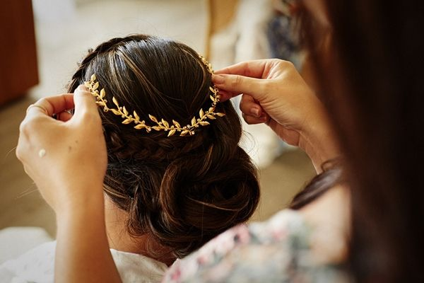 Golden hairpiece, Greek goddess wedding inspiration | Destination wedding in Mykonos