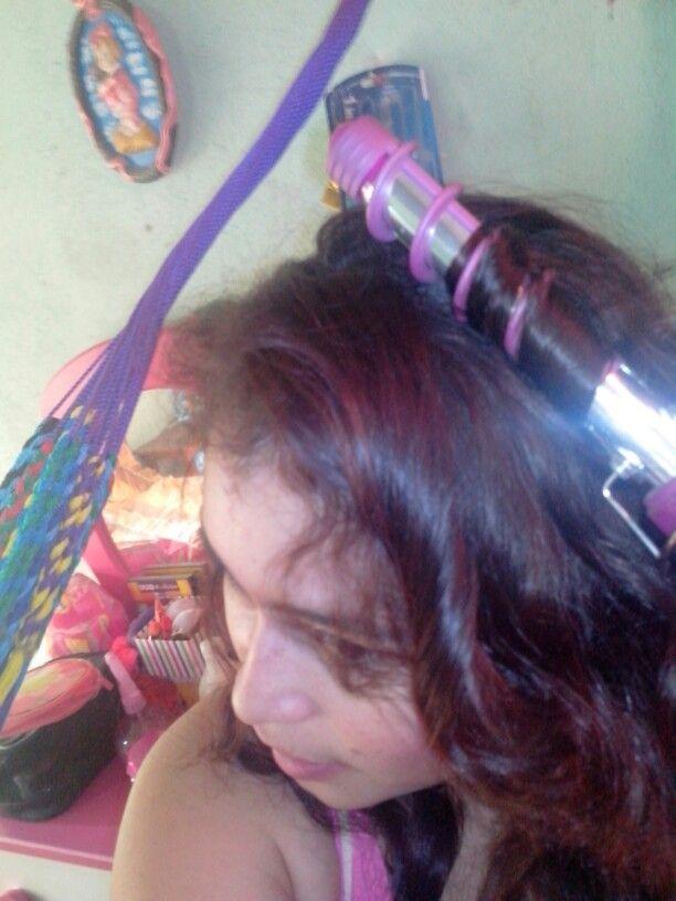 Aqui mostrandoles como uso mi espiral enfundable soy toda una chica CONAIR :)