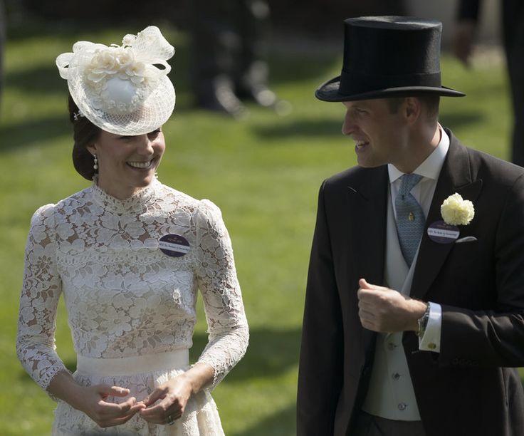 Królowa Elżbieta i księżna Kate na Royal Ascot - Plejada.pl