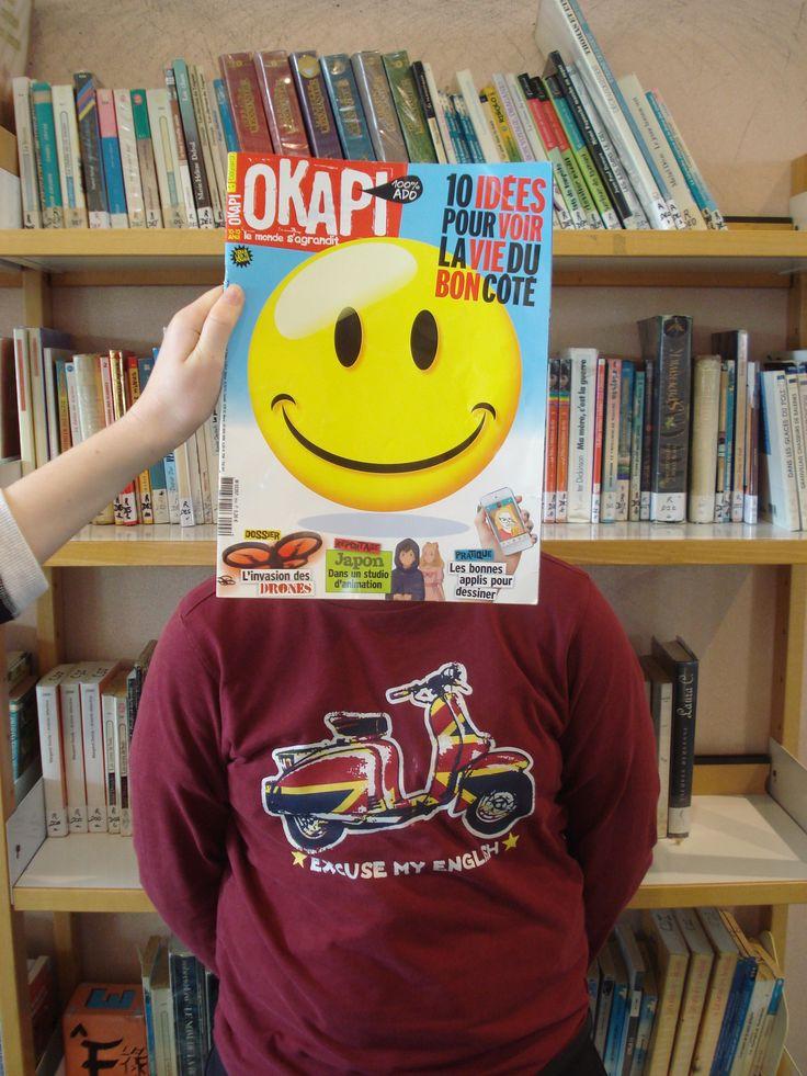 "Bookface avec Simon et le magazine ""Okapi""."