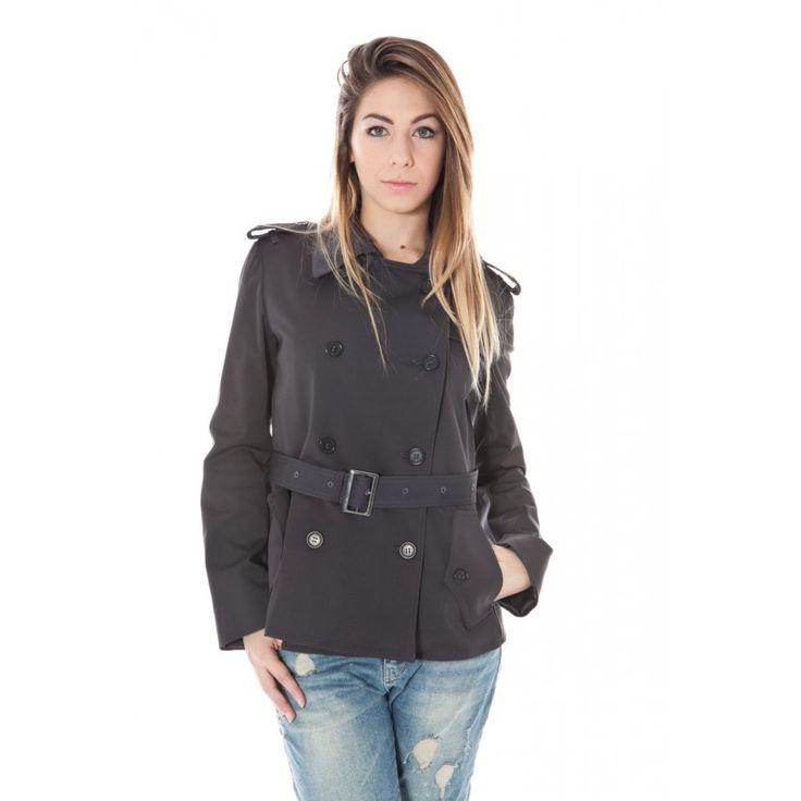 Calvin Klein Naisten musta takki