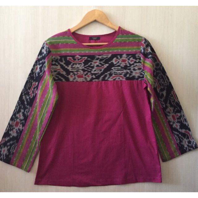 Saya menjual Blouse/atasan tenun ikat antik  seharga Rp145.000. Dapatkan produk ini hanya di Shopee! https://shopee.co.id/imanggoethnic/57243277 #ShopeeID
