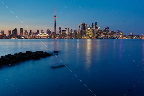Night View Of Downtown Toronto Ontario Canada Downtown Toronto Canada Photos Toronto Island