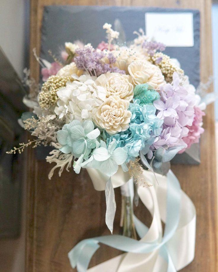 wedding bouquet ティファニーブルーと 少しラベンダーピンク  青い海と空をバックに 真っ白なチャペル リゾートでのウェディングに              #rusticwedding #creema #bouquet #weddingflowers #weddingbouquet #ブーケ #ウェディング #フォトウェディング #海外挙式用ブーケ #ナチュラルウェディング #ガーデンウェディング #ウェディングブーケ #ウェディングドレス #結婚式 #結婚式準備 #プレ花嫁 #日本中のプレ花嫁さんと繋がりたい #オーダーメイド #前撮り #花のある暮らし #クラッチブーケ #リースブーケ #wedding #bridalbouquet #bridal #写真撮ってる人と繋がりたい #flowerstagram #2017冬婚 #Autumn  #weddingtrends