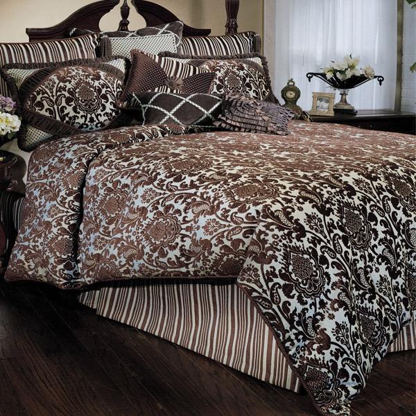 Best Addicted To Damask Images On Pinterest Damasks - Blue and brown damask comforter