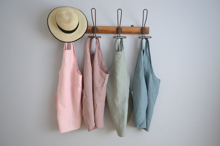 Children's 100% stonewashed French linen aprons