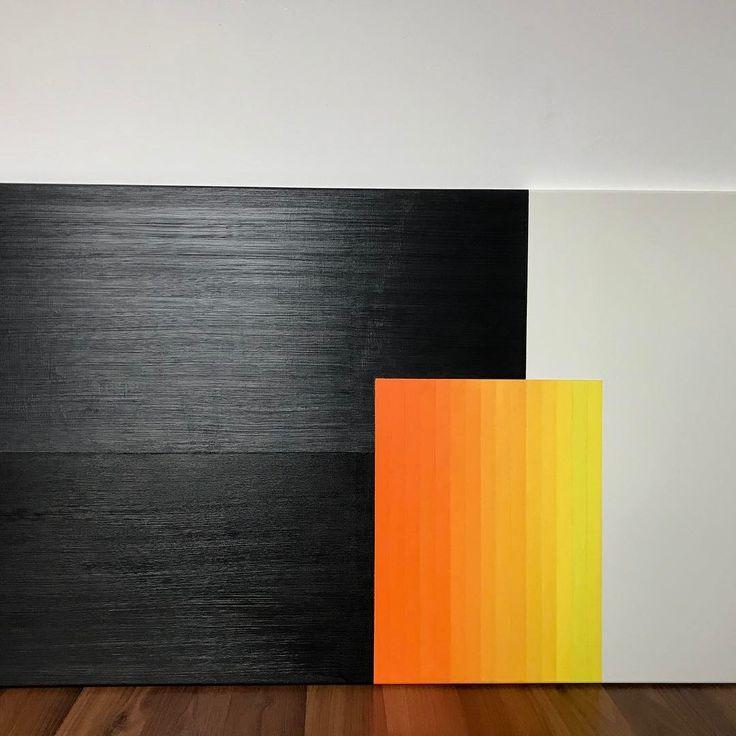 #NoraPiti#homedecor #myartwork #mypainting#minimalist#scandinaviandesign #acrylic #fineart #contemporary #neonorange #yellow#black⚫️#white#textured #120cm*65cm#sold❌