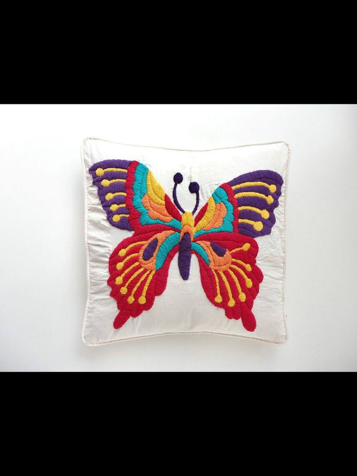 Mariposa bordada