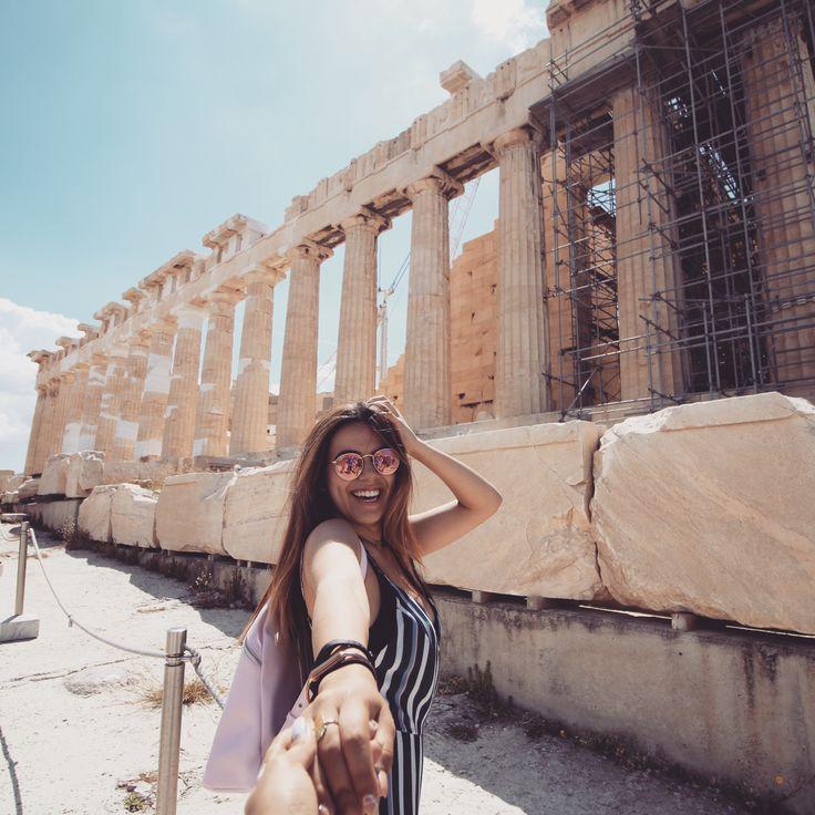 Athens #greece #athens #acropolis #parthenon #travel #travelblogger #traveling #traveler #travelphotography #youtuber #youtube #ootd #wanderlust #bff