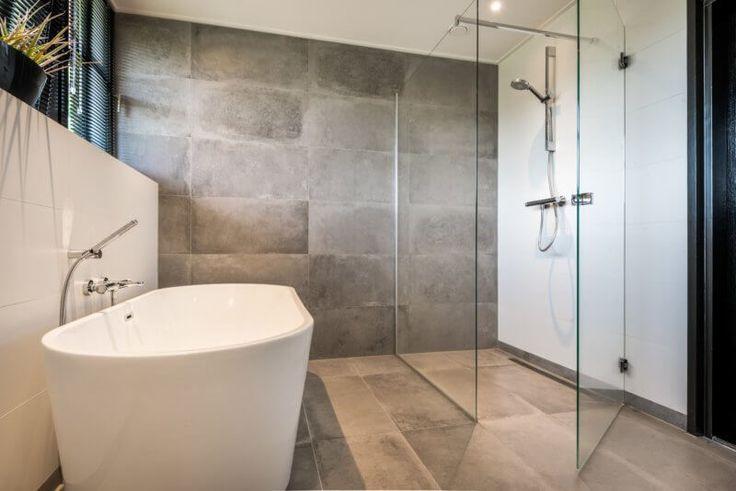 72 best Badkamer- en wandtegels images on Pinterest   Bathroom ...